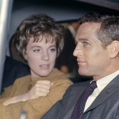 Portrait of Julie Andrews and Paul Newman on the set of Torn Curtain directed by Alfred Hitchcock, Photo by Ray Hamilton Child Actresses, Actors & Actresses, Classic Hollywood, Old Hollywood, Hollywood Stars, Paul Newman Joanne Woodward, Bright Blue Eyes, Actor Studio, Julie Andrews