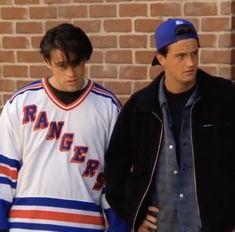 Friends Tv Show, Friends Best Moments, Chandler Friends, Friends Tv Quotes, Joey Friends, Serie Friends, Friends Scenes, Friends Poster, Friends Cast