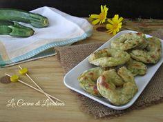 Una ricetta semplice e sfiziosa con le zucchine che vi conquisterà, soffici e deliziose Ciambelle di zucchine buone sia fritte che cotte in forno