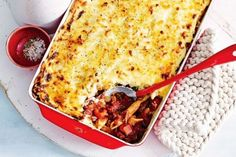 Beef and eggplant bolognaise pasta bake « European Recipes « All Tasty Recipes Baked Pasta Recipes, Cooking Recipes, How To Cook Pasta, How To Cook Chicken, Coles Recipe, Cooking For A Crowd, Yummy Food, Tasty, Food Tasting