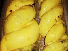 Ostoros angyalkalács recept lépés 4 foto Potatoes, Banana, Vegetables, Fruit, Food, Potato, Essen, Bananas, Vegetable Recipes
