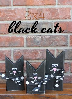 These black cats are such a cute Halloween decoration for the home! Fall Wood Crafts, Halloween Wood Crafts, Cute Halloween Decorations, Cat Crafts, Halloween Projects, Holidays Halloween, Easy Halloween, Crafts To Sell, Holiday Crafts