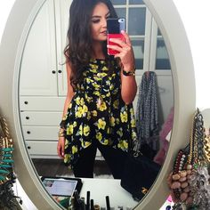 outfit-zara-flower-top-hermes-double-tour-selfie