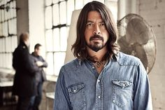 Dave Grohl habla de Foo Fighters y Them Crooked Vultures...