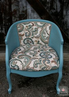 Funcycled » Caned Barrel Back Chair Makeover – Tuesday's Treasures LOVE THIS ONE if it would be comfortable enough!