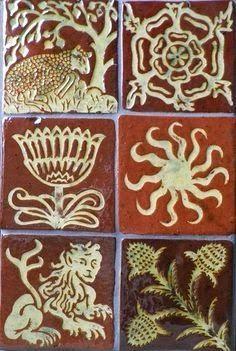 Les carreaux médiévaux retrouvés au Château de Germolles,Mellecey.