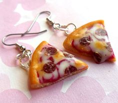 Hey, I found this really awesome Etsy listing at http://www.etsy.com/listing/119696952/pepperoni-pizza-slice-earrings-polymer