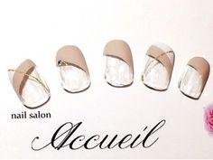 シーンを選ばない!上品&大人なベージュネイルデザイン in 2020 Long Gel Nails, Coffin Nails Long, Long Acrylic Nails, Acrylic Nail Art, Long Nail Designs, Gel Nail Designs, Cute Nail Designs, Simple Designs, Winter Nails