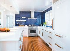 Kitchen Magic. To interior designer Susan Helie, location is everything! CTC February 2013. #candg