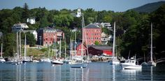If you have never been to Maine, do yourself a favor and go immediately.  It is a little piece of heaven, especially when we are set to broil down here in Texas in July and August.  Camden is absolutely breathtaking and quite picturesque.