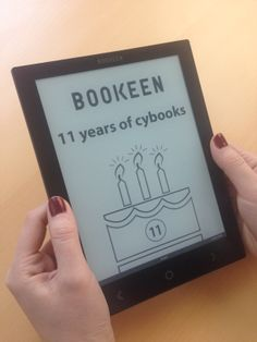 Happy 11th birthday Bookeen! Another year, another #Cybook, with the arrival of the #CybookOcean! To celebrate, we made you all a cake. :)