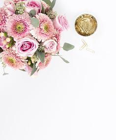 Shay Cochrane / In the shop: New pink and gold desktop