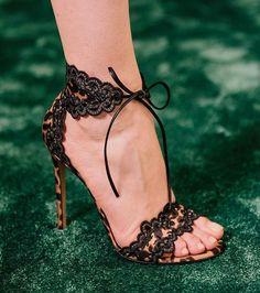 1050 mejores imágenes de FASHION SANDALS. en 2019   Zapatos