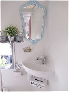 Might have to just paint her  shabby chic caravan | Flickr - Photo Sharing!
