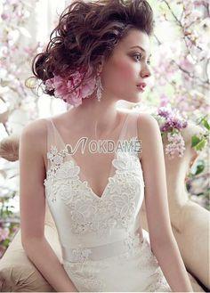 Etui keine Taille Gericht Schleppe Satin V-Ausschnitt formelles Brautkleid