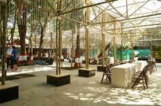 Photography: © Atelier Bow-Wow   The BMW Guggenheim Lab, which serves as a think tank and community gathering space, is a mobile laboratory devoted to discus...