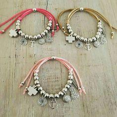 Personalized Photo Charms Compatible with Pandora Bracelets. Leather Jewelry, Wire Jewelry, Boho Jewelry, Jewelry Crafts, Beaded Jewelry, Jewelery, Jewelry Bracelets, Handmade Jewelry, Jewelry Design