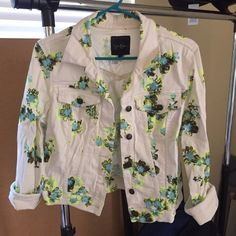 Jessica Simpson white floral denim jacket Jessica Simpson Cotten denim jacket. Only worn once! No longer made! White jacket with a fun bright floral design. Womens size large. Jessica Simpson Jackets & Coats Jean Jackets