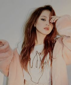 Lee Hi growing into such a flawless beauty