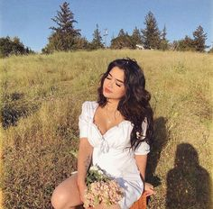 log in – girl photoshoot ideas Aesthetic Girl, Aesthetic Clothes, Summer Outfits, Cute Outfits, Summer Dresses, Pretty People, Beautiful People, Insta Photo Ideas, Looks Vintage
