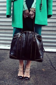 ladylike chic in green color-blocking