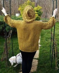 Free Knitting Patterns - Hooded Tunic with Pockets Crochet Hook Sizes, Crochet Hooks, Knitting Patterns Free, Free Knitting, Quick Knits, Knitting Books, Hooded Cardigan, Stockinette, Needles Sizes