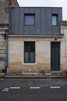 Bordeaux, Barrière du Médoc - Surélévation sur rue d'une échoppe simple - Architecte Cecilia Cretté (2012-2014) #surelevation #echoppe #bordeaux