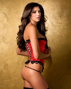 Hope Dworaczyk sexy model. Calendars of the hottest models at sexy-calendars.com