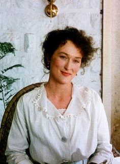 Meryl Streep in Out of Africa 1985