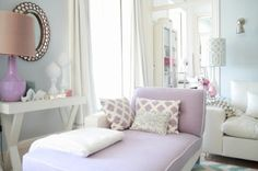House of Turquoise: Ana Antunes- soft blues and lavenders, I love the softness of this maybe for bedroom Lilac Room, Pastel Bedroom, Bedroom Colors, Pastel Decor, House Of Turquoise, Style At Home, Lavender Living Rooms, Lavender Bedrooms, Small Room Design