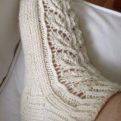 Koivuset | villasukkatehdas Fashion Socks, Baby Knitting Patterns, Knitting Socks, Pattern Fashion, Handicraft, Needlework, Knitwear, Free Pattern, Crafts