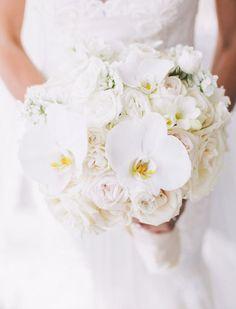 Wedding bouquet idea; Featured Photographer: Purple Tree Photography