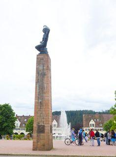 Monument auf dem Marktplatz in Freudenstadt