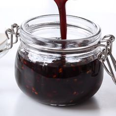 Teriyaki Sauce Recipe An easy Teriyaki Sauce recipe to use with your favorite meat fish salad veggies and plantbased protein Its thick filled with umami flavors and yet. Easy Teriyaki Sauce Recipe, Yakisoba Sauce Recipe, Best Teriyaki Sauce, Molho Teriyaki, Teriyaki Fish, Terriyaki Sauce, Salsa Picante, Fish Salad, Tasty