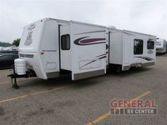 Used 2005 Fleetwood PROWLER REGAL 330RLDS Travel Trailer at General RV   Mt Clemens, MI   #113520