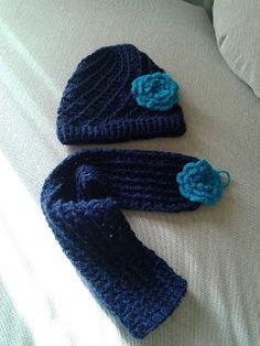 Slippers, Fashion, Crocheting, Colors, Moda, Fashion Styles, Slipper, Fashion Illustrations, Flip Flops