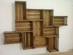 Resultado de imagem para caixas de fruta de madeira pintadas