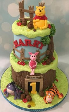 Pooh bear & friends - Cake by Shereen