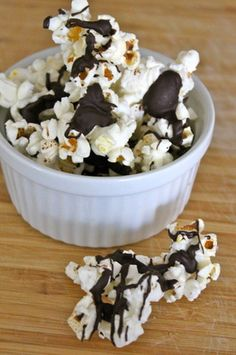 SKinny Moose Munch! Dark chocolate chips drizzled on 100 calorie pop corn...bring on the movie night!
