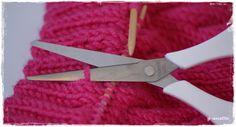 klipping for å strikke på vrangbord på nedrekant etter strikken er ferdig