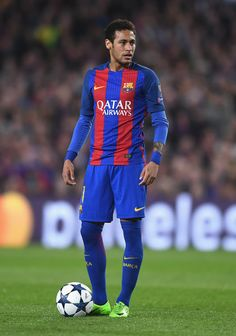 Neymar of Barcelona looks on during the UEFA Champions League Round of 16 second leg match between FC Barcelona and Paris Saint-Germain at Camp Nou on March 2017 in Barcelona, Spain. Cr7 Messi, Ronaldo Juventus, Lionel Messi, Neymar Barcelona, Barcelona Spain, Barcelona Soccer, Neymar 2017, Neymar Pic, Neymar Football