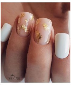 White Gel Nails, Cute Acrylic Nails, Simple Gel Nails, White Manicure, Gold Nail Art, White Nail Art, Chic Nails, Trendy Nails, Chic Nail Designs