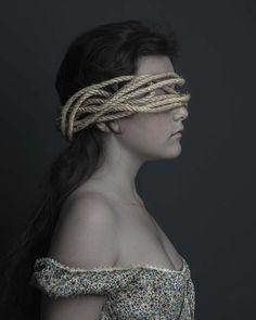Interview With Fine Art Portrait Photographer Danielle van Zadelhoff #inspiration #photography