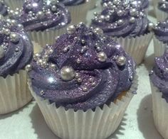 Edible pearls and glitter on cupcakes -- all of my favorite things in one place!