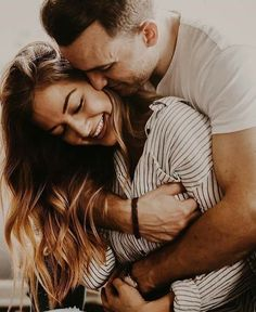 Trendy Wedding Pictures Poses With Family Boys Wedding Picture Poses, Couple Picture Poses, Photo Couple, Couple Shoot, Couple Pictures, Wedding Pictures, Cute Couples Goals, Couples In Love, Couple Goals