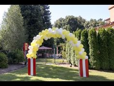 Part One Huge Popcorn Box (Popcorn Balloon Arch Series) - YouTube