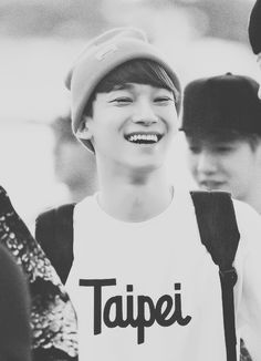 """Chen in a """"Taipei"""" T-shirt, can life get any better XD?"""