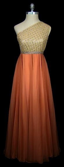 Dress by Norman Norell, 1960s  (via omgthatdress.tumblr.com)