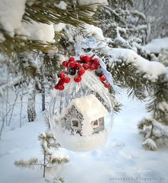 """Задание """"Скрапворд 18"""". Ольга Захарова Snow Globes, Christmas Bulbs, Scrapbook, Holiday Decor, Blog, Inspiration, Outdoor, Design, Home Decor"""