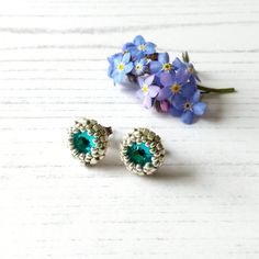 Craft House, Types Of Lighting, Blue Zircon, Teal Green, Sally, Home Crafts, Seed Beads, Studs, Artisan